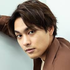 30 歳 俳優